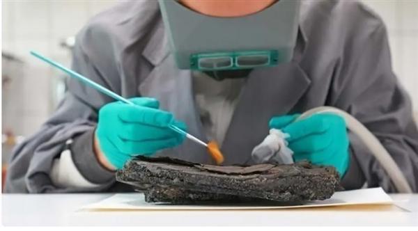 اكتشاف كعكة عمرها 79 عاماً في ألمانيا يثير حيرة العلماء