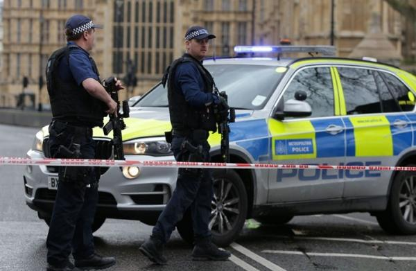 فظيع...حجز شاحنة ببريطانيا وبداخلها 39 جثة مجهولة الهوية