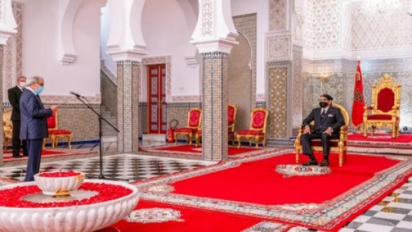 """تفاصيل استقبال الملك """"محمد السادس"""" لوالي بنك المغرب"""