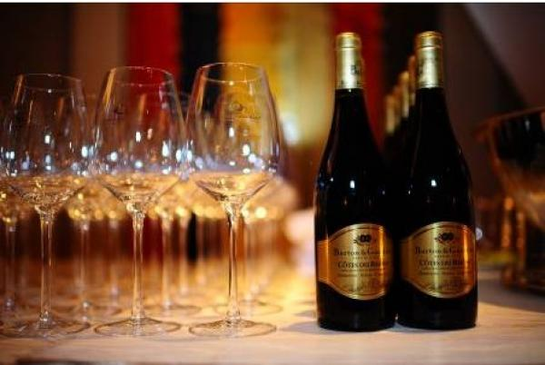 """رئيس جماعة يرفض الترخيص لمحل لبيع المشروبات الكحولية بدعوى أن الساكنة """"محافظة"""" (وثيقة)"""
