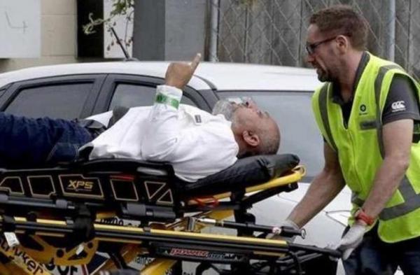 """وفاة """"أيقونة"""" مجزرة نيوزيلندا الذي اغتاله رصاص الغدر وأنصفه أصبع السبابة"""