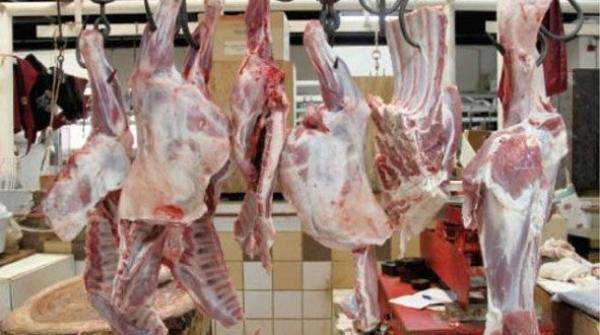 زيادات تراوحت بين 10 و 15 درهما في أثمنة اللحوم والسبب.. الحمى القلاعية
