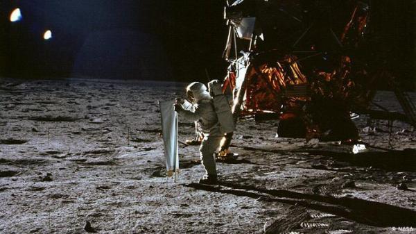 عشر حقائق تؤكد نزول الإنسان على القمر!