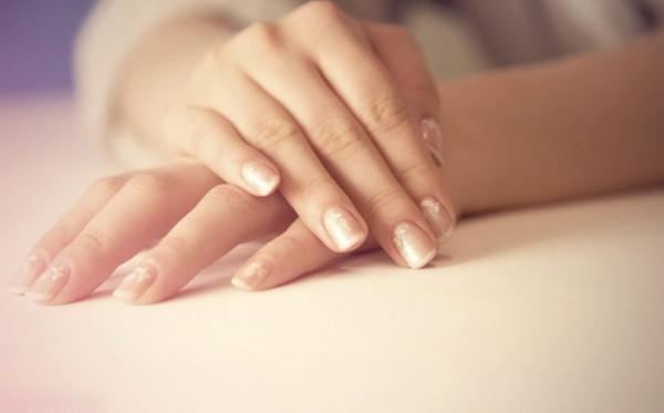 نصائح  ذهبية لحماية الأيدي من الجفاف طوال الشتاء