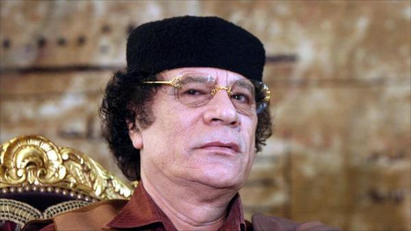 """عميل مخابرات مغربي يكشف أسرارا """"أغرب من الخيال"""" من داخل خيمة القذافي"""
