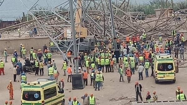مصرع 4 أشخاص وإصابة 3 آخرين في انهيار برج كهرباء بالقاهرة
