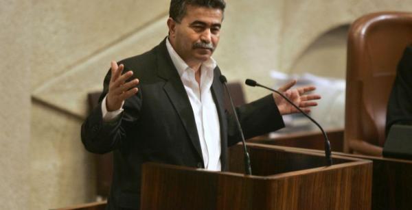 """قضية حضور """"عمير بيريتز"""" بالمغرب تجر وزير الخارجية إلى البرلمان"""