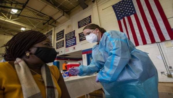 """بعد ارتفاع الإصابات.. الولايات المتحدة تعاني تحت وطأة """"كورونا"""" والفيروس يقتل 1 بين كل 500 أمريكي"""