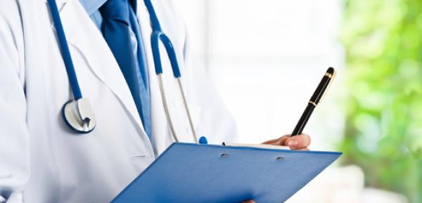 أطباء القطاع الخاص يضعون 500 عيادة طبية رهن إشارة وزارة الصحة
