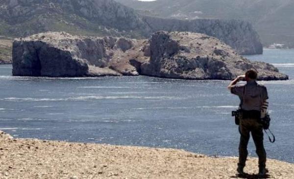 """مهاجرون سريون بجزيرة """"ليلى"""" كادوا يشعلون فتيل أزمة ديبلوماسية بين المغرب وإسبانيا"""