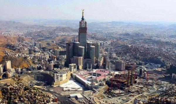 السعودية تنفذ مشاريع في المشاعر المقدسة بقيمة تقدر ب 100 مليار دولار