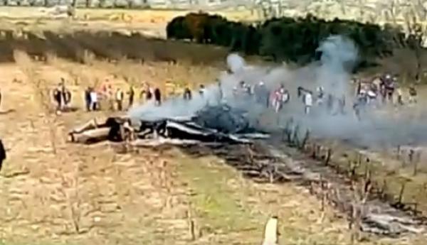 أولى فيديوهات سقوط طائرة مقاتلة مغربية وتحطمها بإقليم تاونات