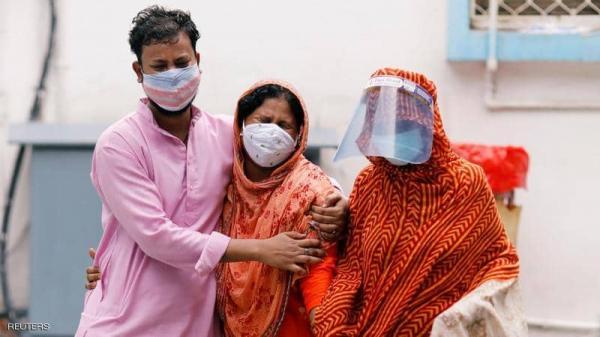 إصابات كوفيد-19 تتصاعد في الهند والمستشفيات تعجز عن استيعاب الحالات