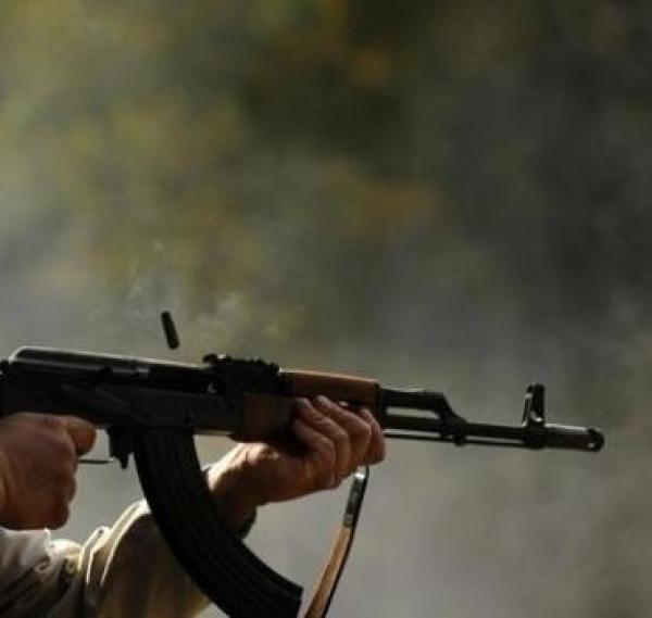 عسكري مغربي يقتل زميله رميا بالرصاص ويلوذ بالفرار