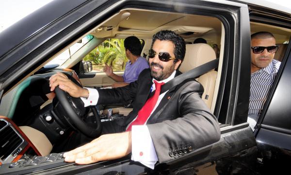 محكمة طنجة تصدر حكمها في حق الملياردير سمير عبد المولى