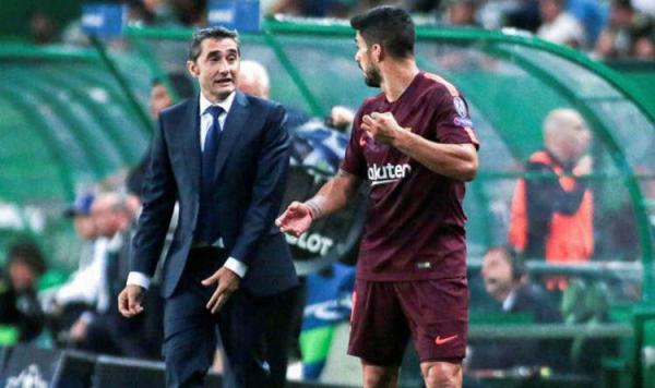 سواريز يخلي مسؤولية فالفيردي من الهزيمة أمام أتليتكو مدريد