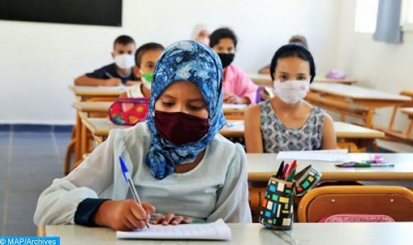 تعليمات لتشديد البروتوكول الصحي في المدارس المغربية والإغلاق ينتظر المخالفين