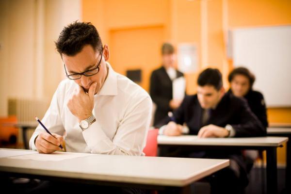 """أخيرا...وزارة """"أمزازي"""" تفرج عن النتائج النهائية لامتحانات الكفاءة المهنية ـ اللوائح ـ"""