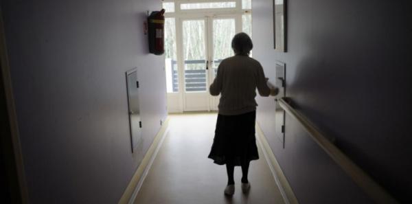 امرأة عمرها 102 عاما تقتل جارتها التسعينية في جريمة مروعة