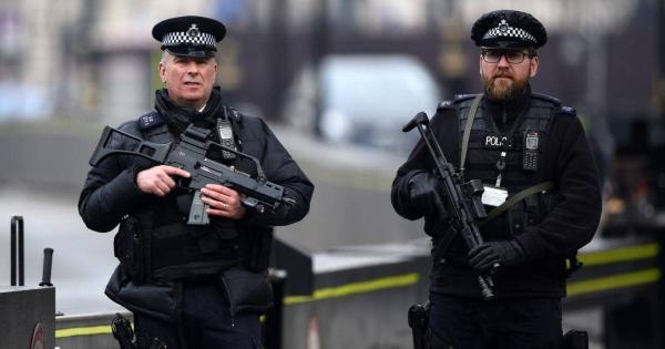 """بريطانيا.. عملية أمنية كبيرة تطيح بمجرمين """"عتاة"""""""
