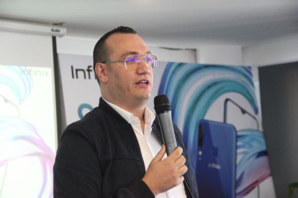 """""""إنفينيكس"""" تكشف النقاب عن هاتفها الجديد في السوق المغربية (فيديو+صور)"""