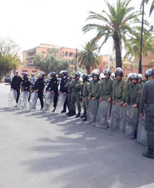 """جنايات مراكش تؤجل محاكمة 18 متورطا في قتل الطالب الأمازيغي الشهير """"إزم"""""""