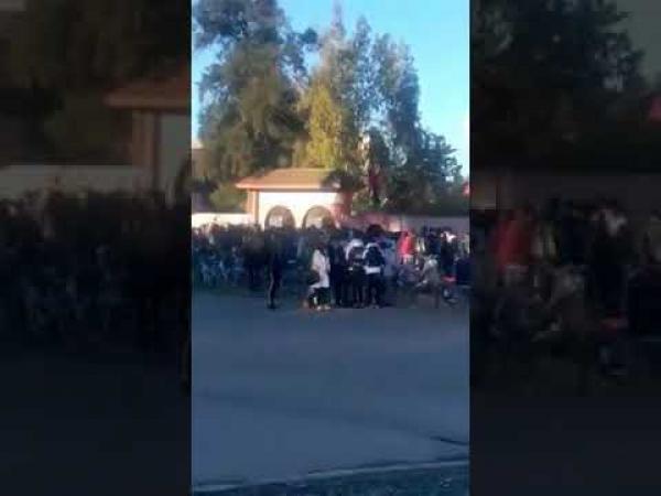تلاميذ وتلميذات بأزيلال وخريبكة وسوق السبت يحتجون ضد التوقيت الصيفي (فيديوهات)