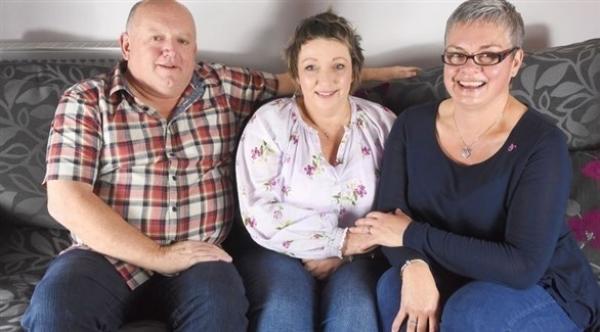 تتمكن من الشفاء من مرض السرطان بفضل زوجة طليقها