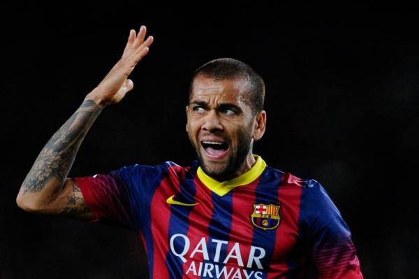 """""""برشلونة"""" يحسم الجدل حول تعاقده مع """"ألفيس"""""""