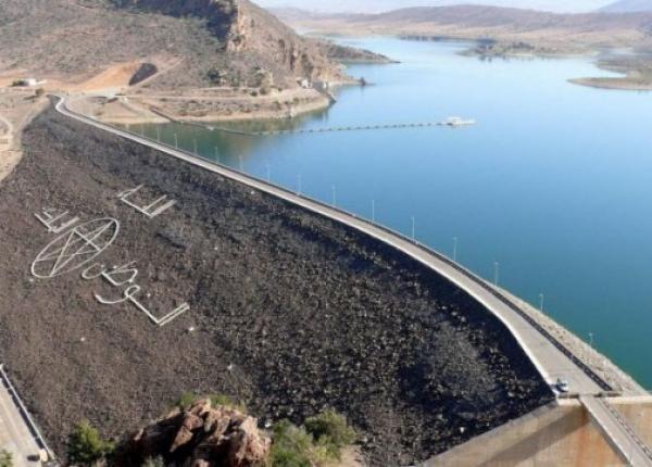 المخزون المائي بسدود المغرب لا يبشر بالخير واحتمال اللجوء إلى قطع الماء الشروب وارد