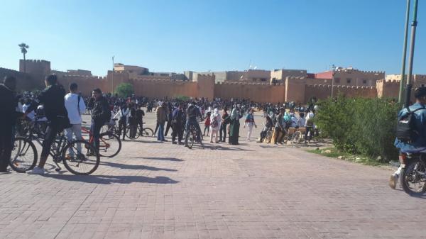 بالصور:  مئات التلاميذ بتارودانت ينتفضون ضد التوقيت المدرسي الجديد