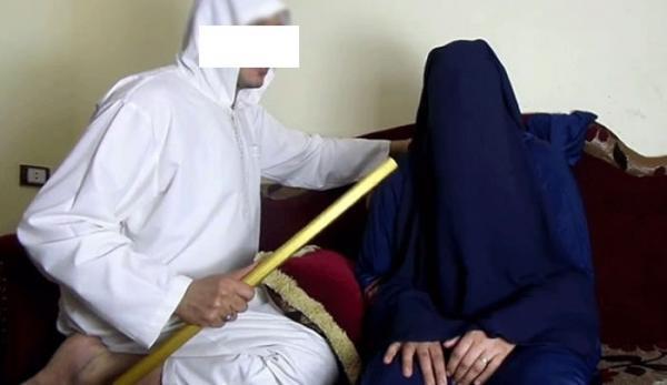 """قتلها عصا: اعتقال منتحل صفة """"راق شرعي"""" بمعية معاونيه عمدوا إلى تعنيف سيدة وابنتها"""