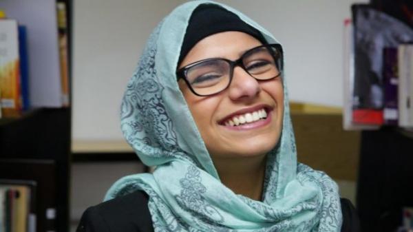 """""""ميا خليفة"""" تجمع تبرعات لصالح لبنان بطريقتها الخاصة"""
