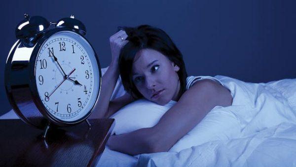 هذه هي المدة المثالية للنوم لتبدو أكثر إشراقا و نضارة