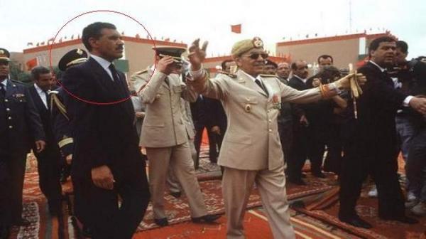 """أنباء عن تعرض الحارس الشخصي للملك """"الحسن الثاني"""" لهجوم بسلاح ناري وهكذا أنقذته خبرته من موت محقق"""