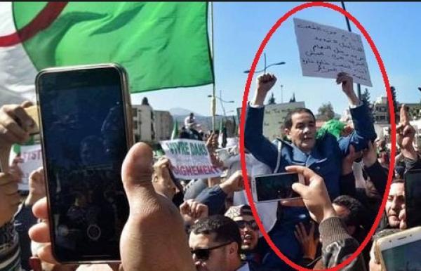 الأوضاع في الجزائر وصلت إلى نقطة اللاعودة بعدما وقع بعد ظهر اليوم
