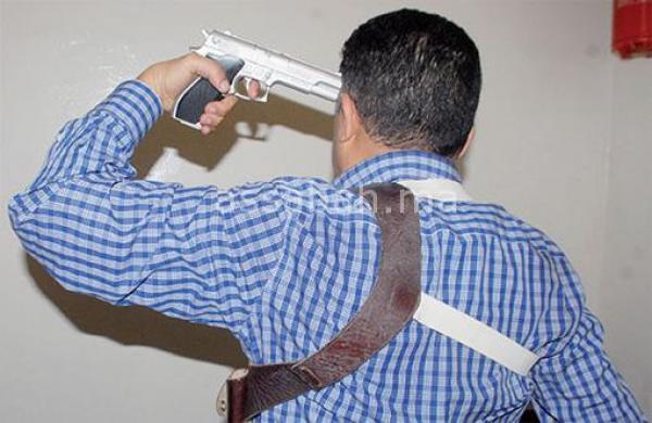 اعتقال ضابط أمن سبق وأن هدد بالانتحار على الهواء مباشرة وهذا هو السبب!