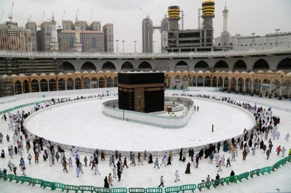 أكبر دولة إسلامية تلغي الحج هذا العام بسبب كورونا
