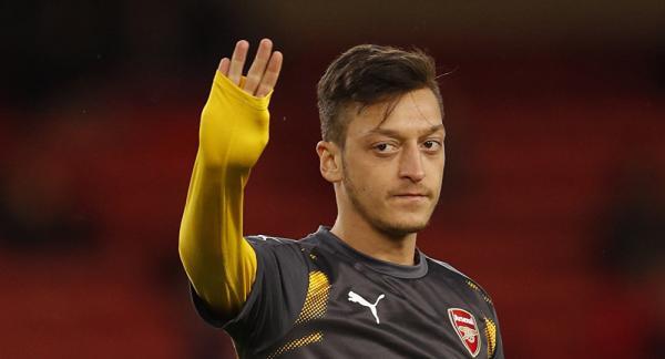 بعد توقيعه لفنربخشة.. أوزيل يغلق باب العودة للعب في ألمانيا
