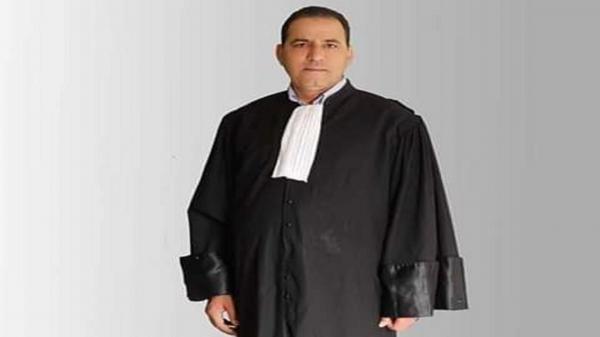 محامٍ تونسي يقتل لصاً دخل منزله .. النيابة توقفه والآلاف يتضامنون معه
