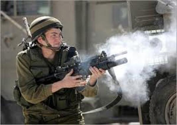 إصابة 4 فلسطينيين برصاص الجيش الإسرائيلي شرق غزة
