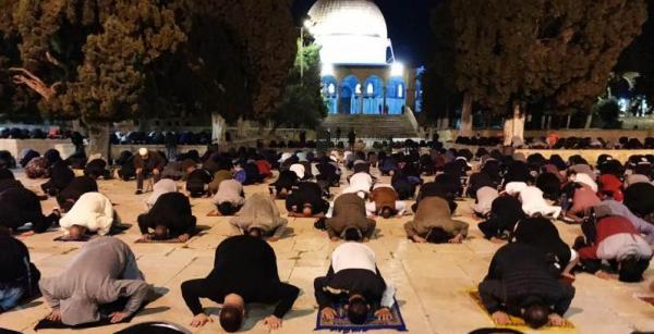إعادة فتح المسجد الأقصى للمصلين بعد إغلاق استمر لمدة شهرين