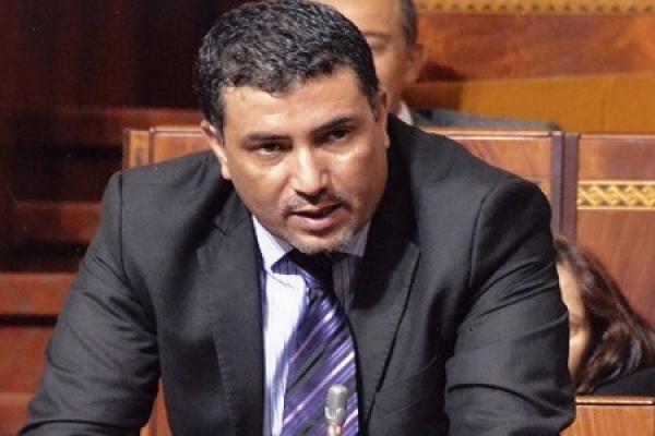 """برلماني يفجرها بمجلس النواب: """"ولينا كنمثلو على الشعب بأموال الشعب"""" (فيديو)"""