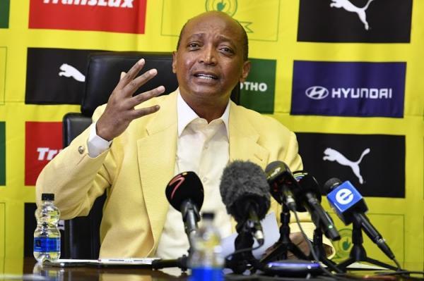 """عاجل: الاتحاد الجنوب إفريقي يعلن مرشحه """"موتسيبي"""" رئيسا لـ""""الكاف"""" قبل مرحلة التصويت"""