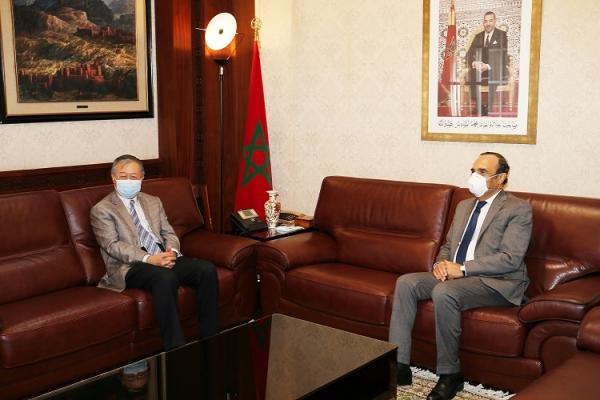 سفير الصين يشيد بدعم العاهل المغربي لبلدان افريقية في مواجهة كورونا