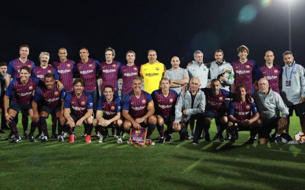 بالفيديو..أربعة أهداف في مباراة تكريمية لأحمد فرس بمشاركة أساطير برشلونة