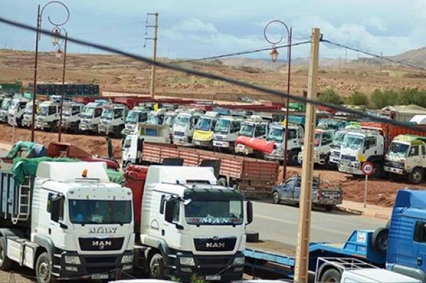 رسميا: الوزارة تحدد عدد ركاب شاحنات نقل البضائع في شخصين فقط