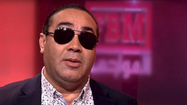 """المطعم المُتهم بمنع الفنان """"عبد الفتاح النكادي"""" من الدخول اليه يُقدم روايته بخصوص ما وقع"""