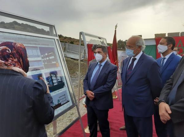 """أمزازي يزور مشروع بناء مدرسة ابتدائية بتطوان ويطلق عليها اسم الراحل """"محمد الرامي"""""""