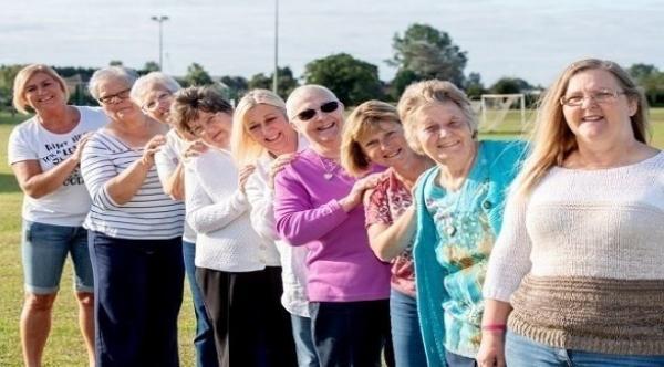 شفاء 10 سيدات من عائلة واحدة من سرطان الثدي